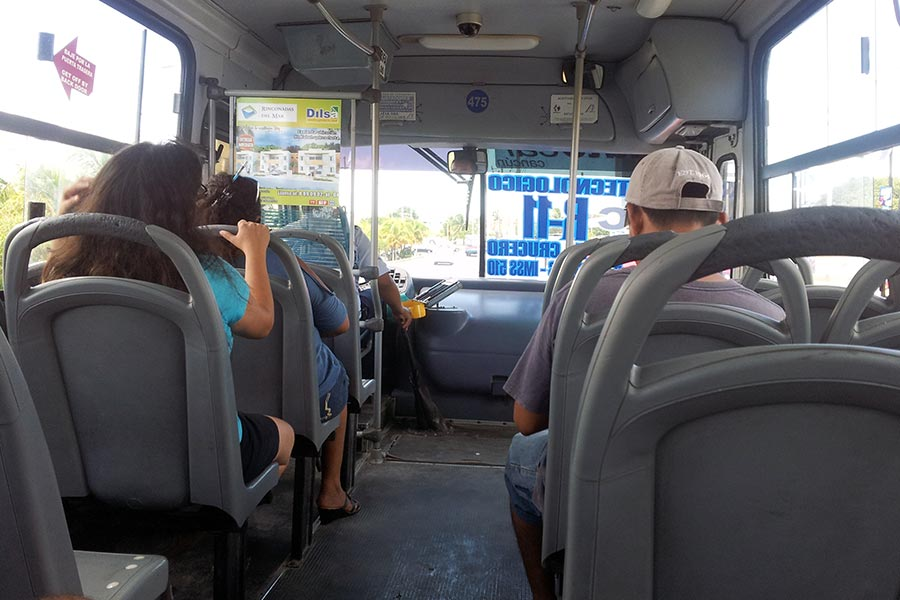 A typical bus in Cancun