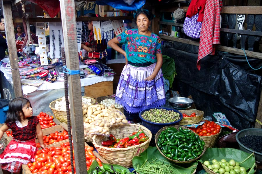 el_mercado_antigua_guatemala-road_affair