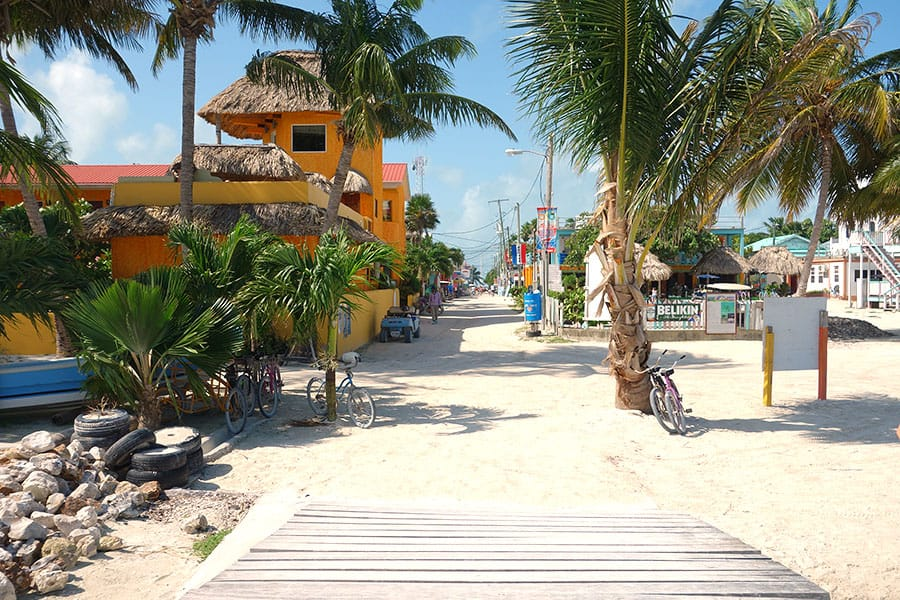 Welcome to Caye Caulker - Backpacking Caye Caulker on a Budget