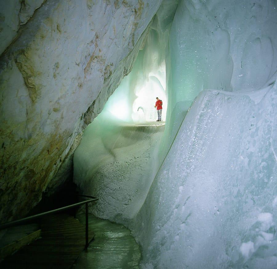 Eisriesenwelt Werfen - Ice Cave Werfen
