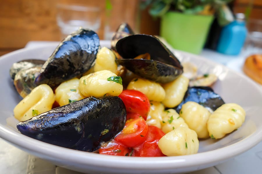Eating Mussels with Gnocchi in Florence