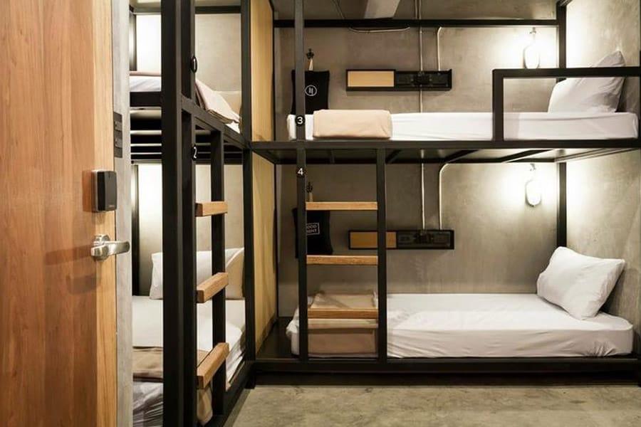 Best hostels in Bangkok featured image
