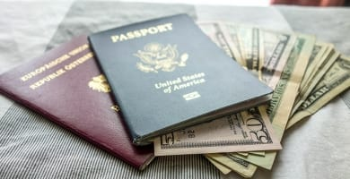 How to save money while traveling featured image
