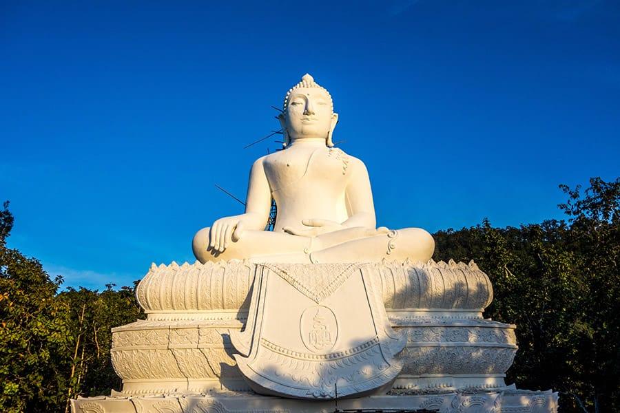 White Buddha Statue in Pai Thailand