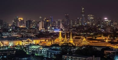 Best Luxury Hotels in Bangkok Featured Image