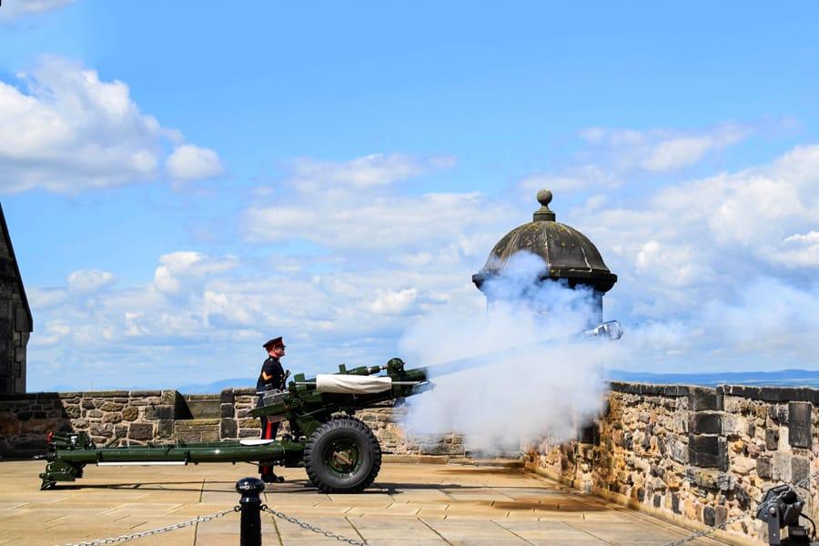 Cannon shot from the Edinburgh Castel