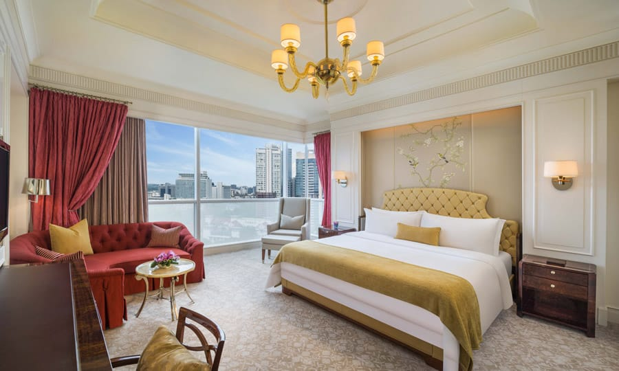 The Grand Deluxe King Room at The St Regis Singapore. Image Credit: © The St Regis Singapore
