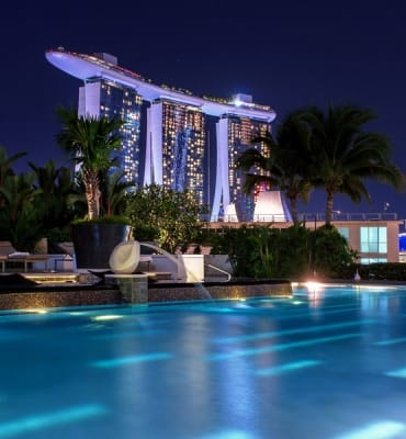 Best Luxury Hotels in Singapore Featured Image