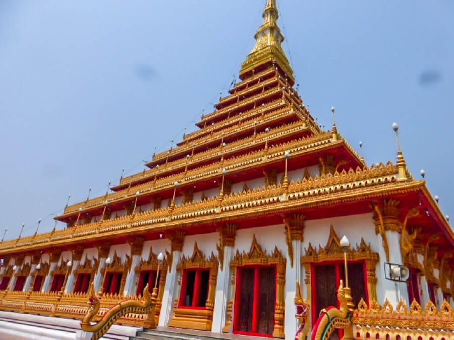 Phra Mahathat Kaen Nakhon Temple in Thailand