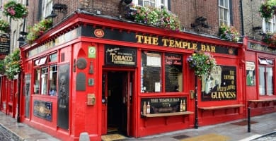 Famous pub in the Temple Bar district in Dublin, Ireland
