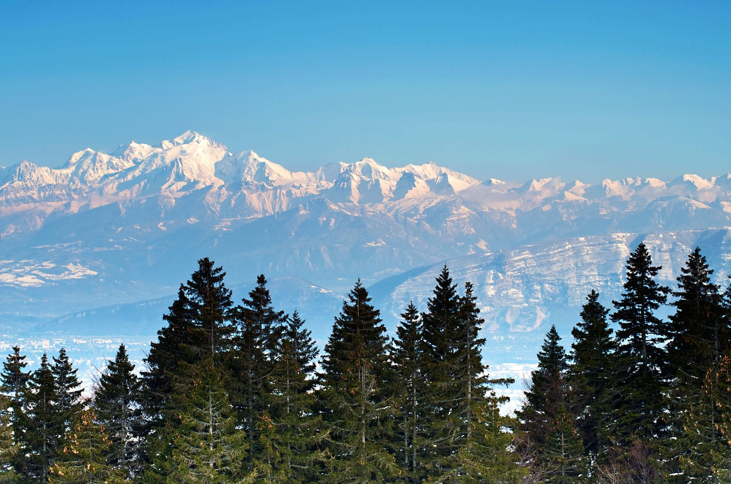 The Mont-Blanc Massif seen from Crozet