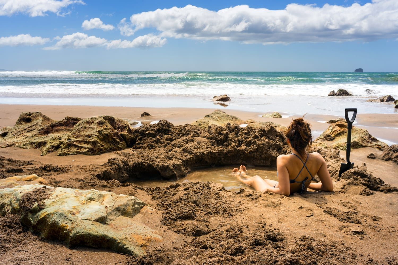 Hot water beach road