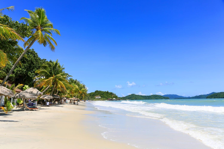 Stunning Cenang beach in Langkawi, Malaysia