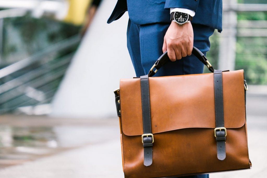10 Best Travel Briefcases for Men & Women