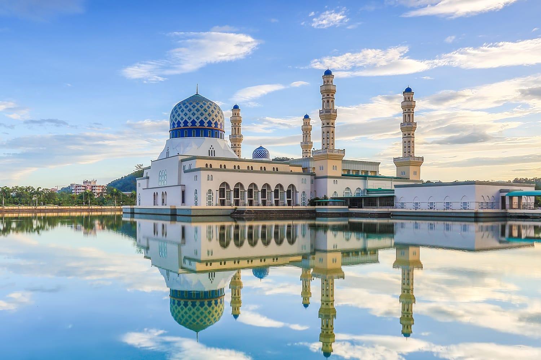 Masjid Bandaraya Likas Kota Kinabalu Sabah in Malaysia