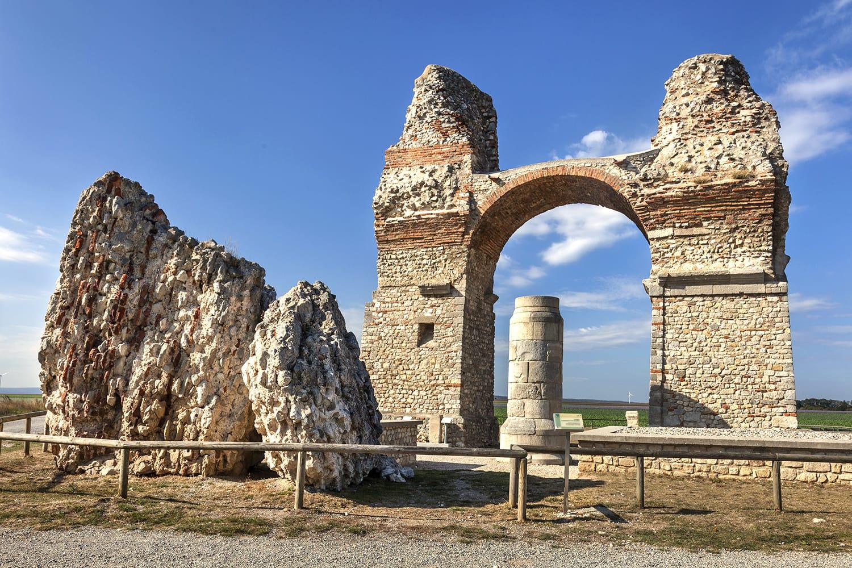 Heidentor, roman triumphal arch in Carnuntum, Austria