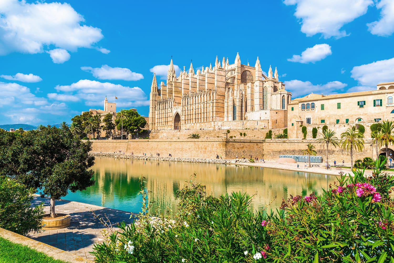 The gothic Cathedral La Seu at Palma de Mallorca islands, Spain