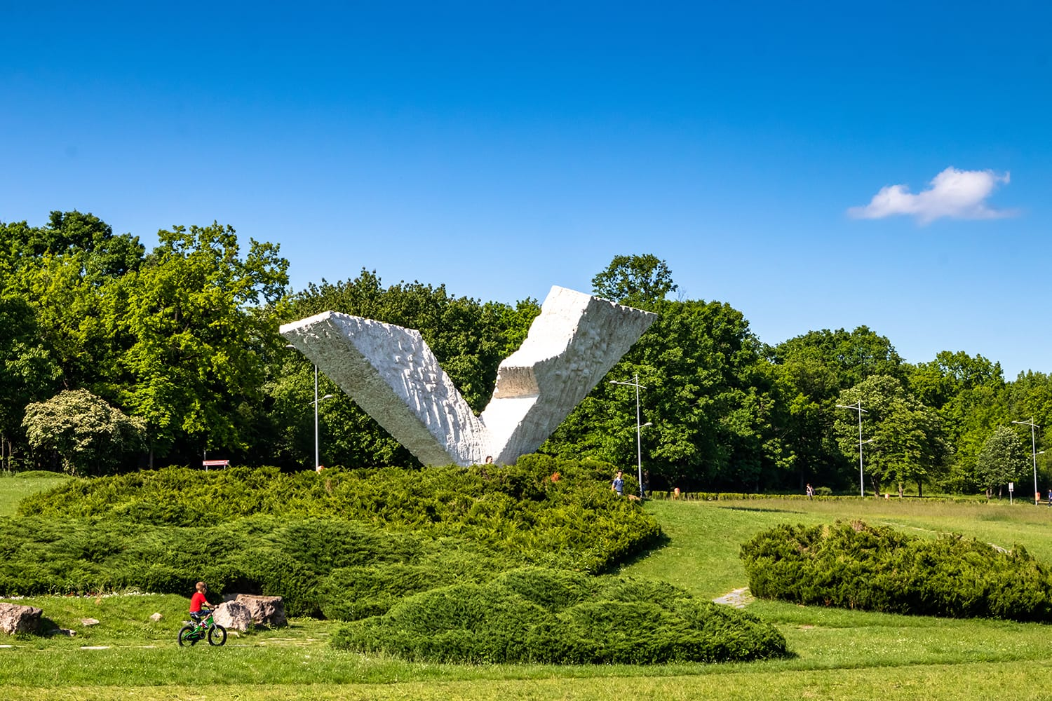 Monument broken wings, also called V/3, dedicated to the victims of WW2 in memorial park Sumarice, Kragujevac, Serbia