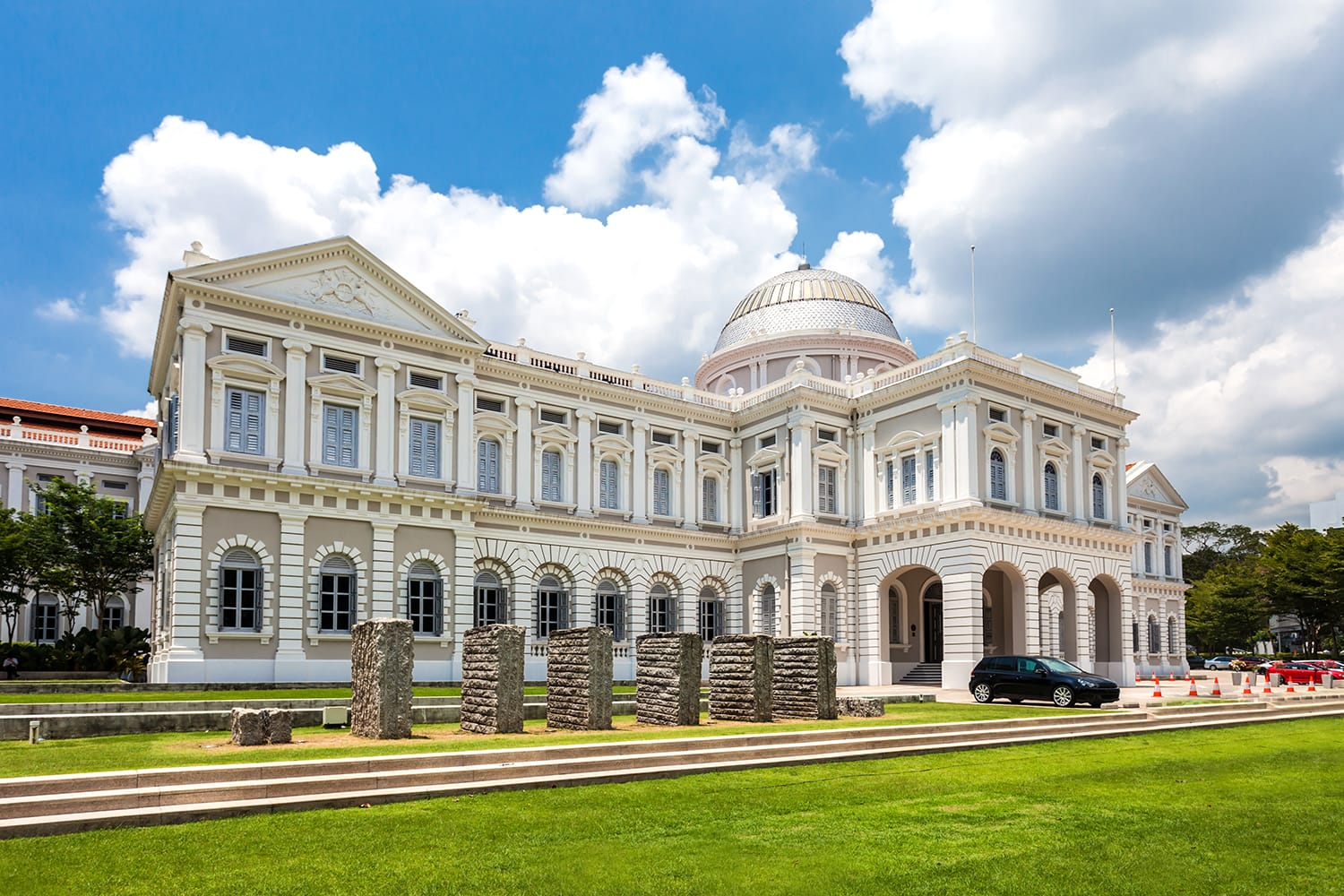 The National Museum of Singapore is a national museum in Singapore and the oldest museum in Singapore.