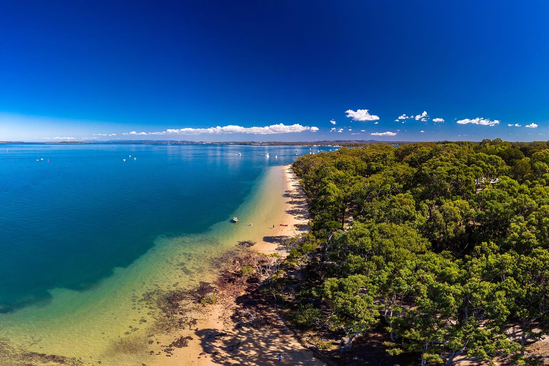Sunny day on Coochiemudlo Island beach, Brisbane, Queensland, Australia