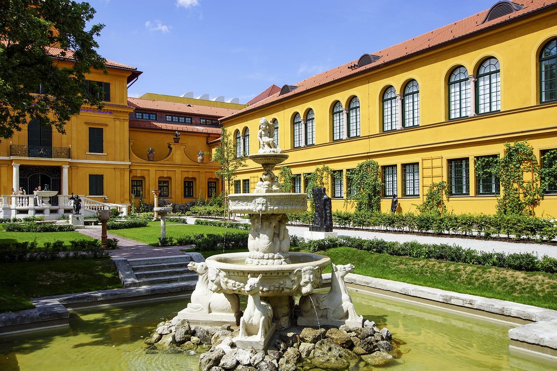 The newly renovated Lenbachhaus in Munich, museum, Upper Bavaria, Bavaria, Germany