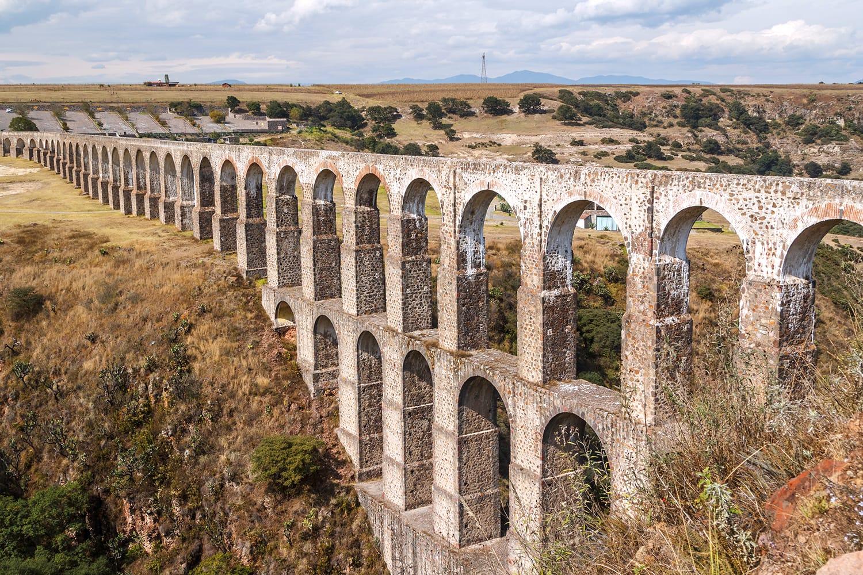Arcos del Sitio aqueduct for water supply in Tepotzotlan, Mexico