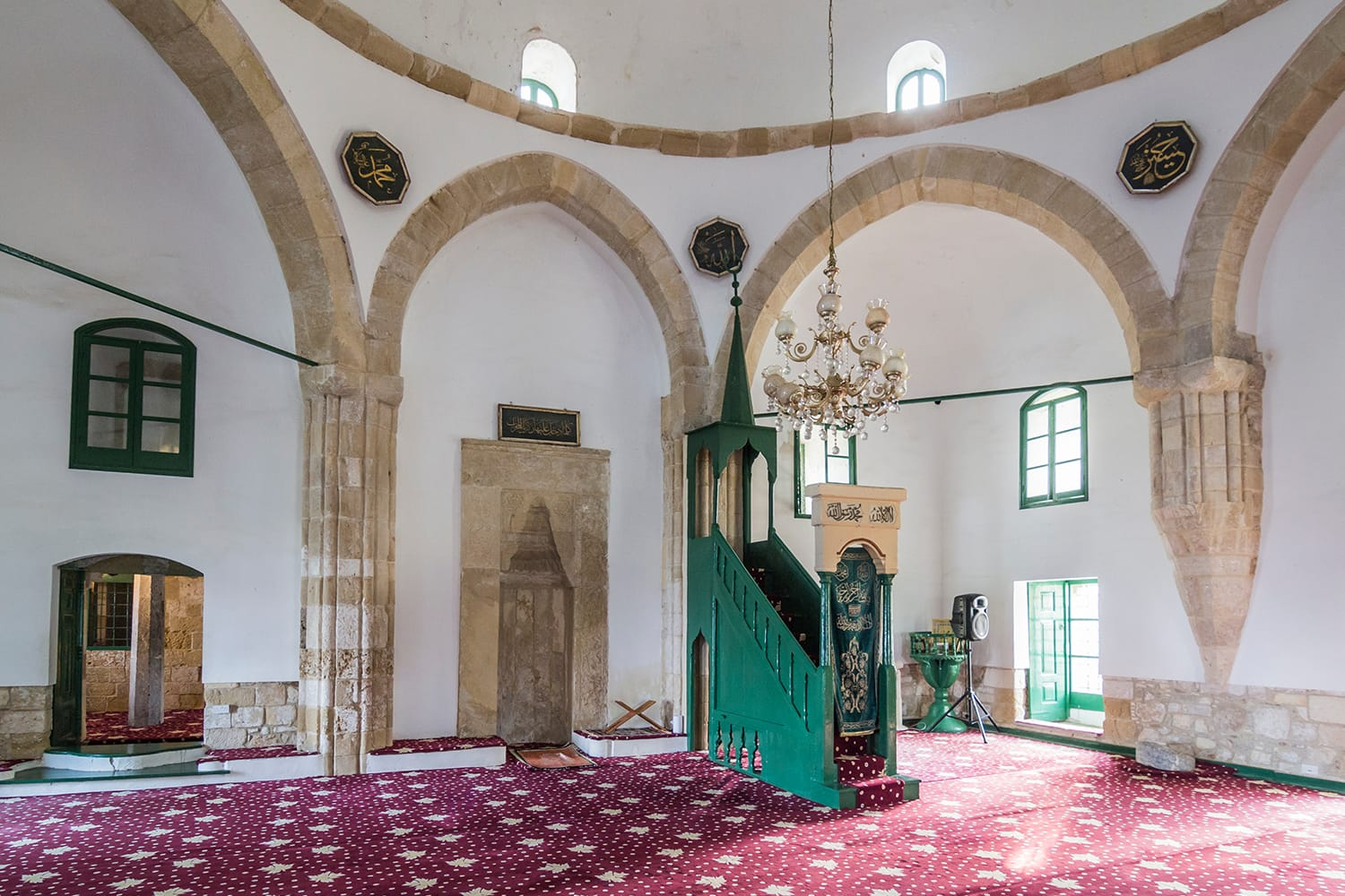he mikhrab, minbar and interior of Hala Sultan Tekke mosque, one of the holiest islamic worship places