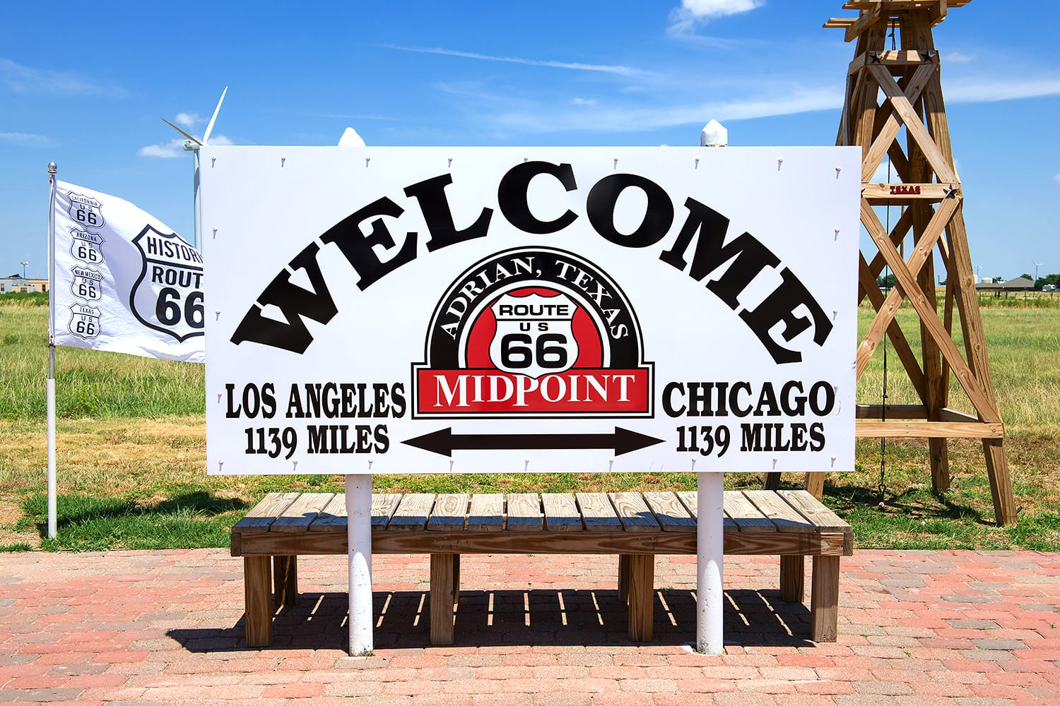 Midpoint of Route 66 exactly 1139 Miles away from either Chicago as well as Los Angeles.