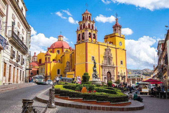 Basilica of Our Lady of Guanajuato cathedral and Plaza de la Paz in Guanajuato City, Mexico.