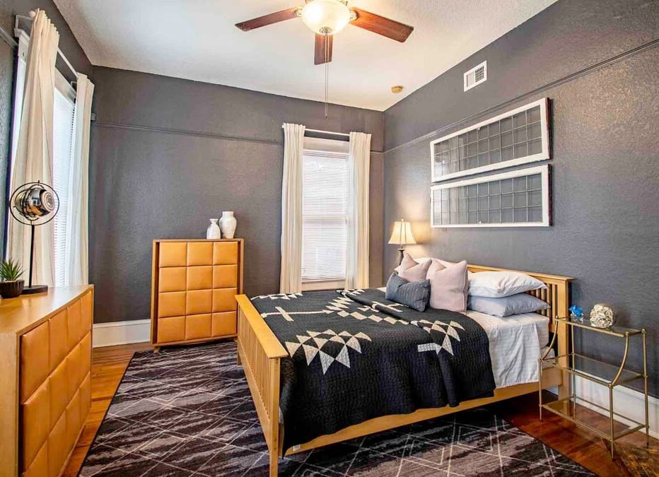 Historic Airbnb Apartment in Jacksonville, Florida, USA