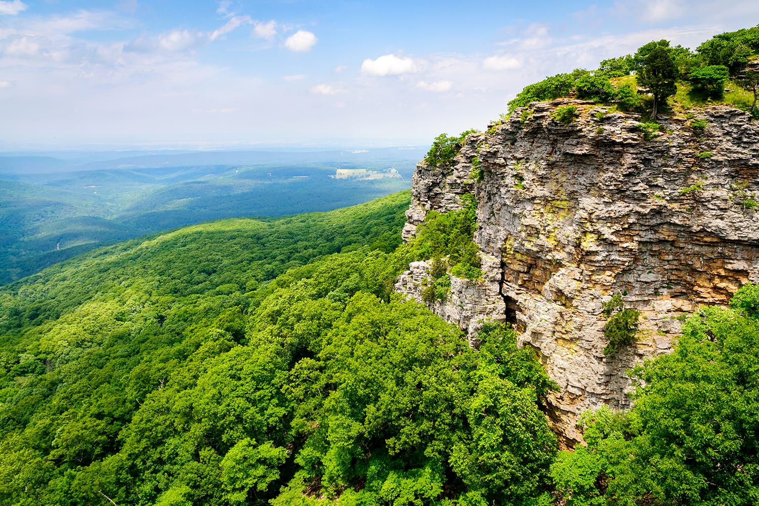 Grand View of Mount Magazine State Park in Arkansas, USA