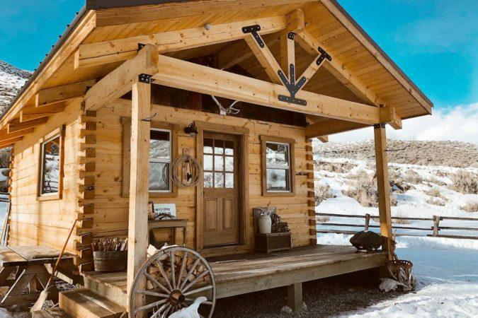 Beautiful Cabin Airbnb in Idaho, USA
