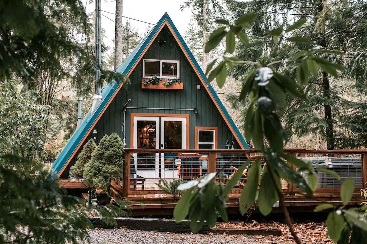 A-Frame Cabin in Washington, USA