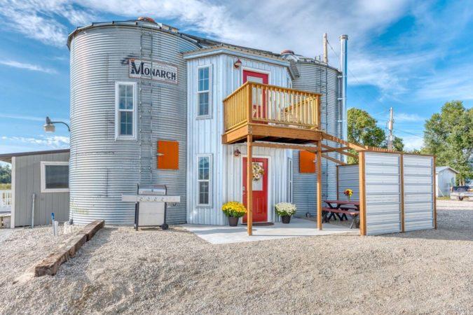 Unique Airbnb in Montana, USA