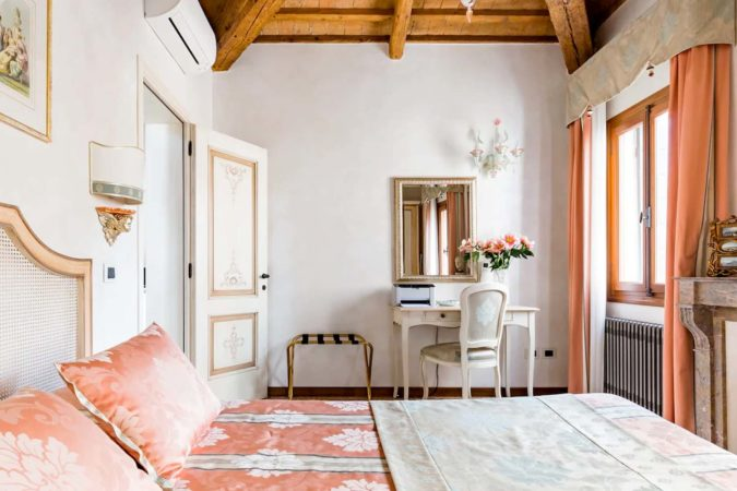Beautiful Airbnb in Venice, Italy