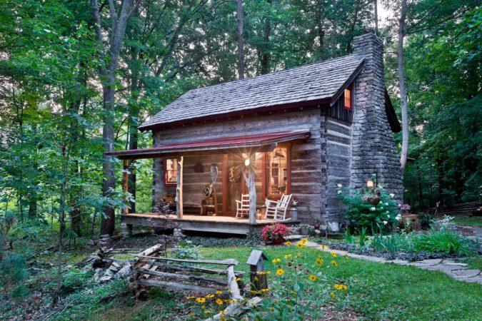 Luxury cabin rental in Kentucky, USA