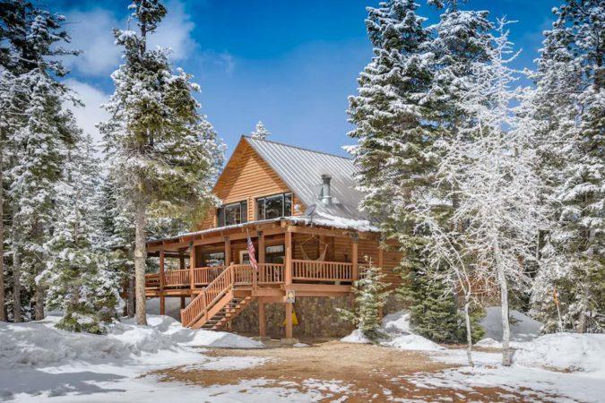 Luxury Cabin Rental in Utah, USA
