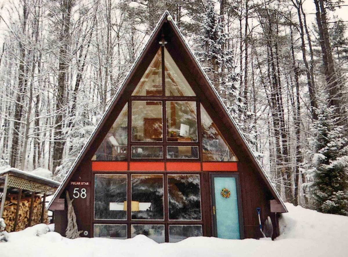 A-Frame Cabin in New Hampshire, USA