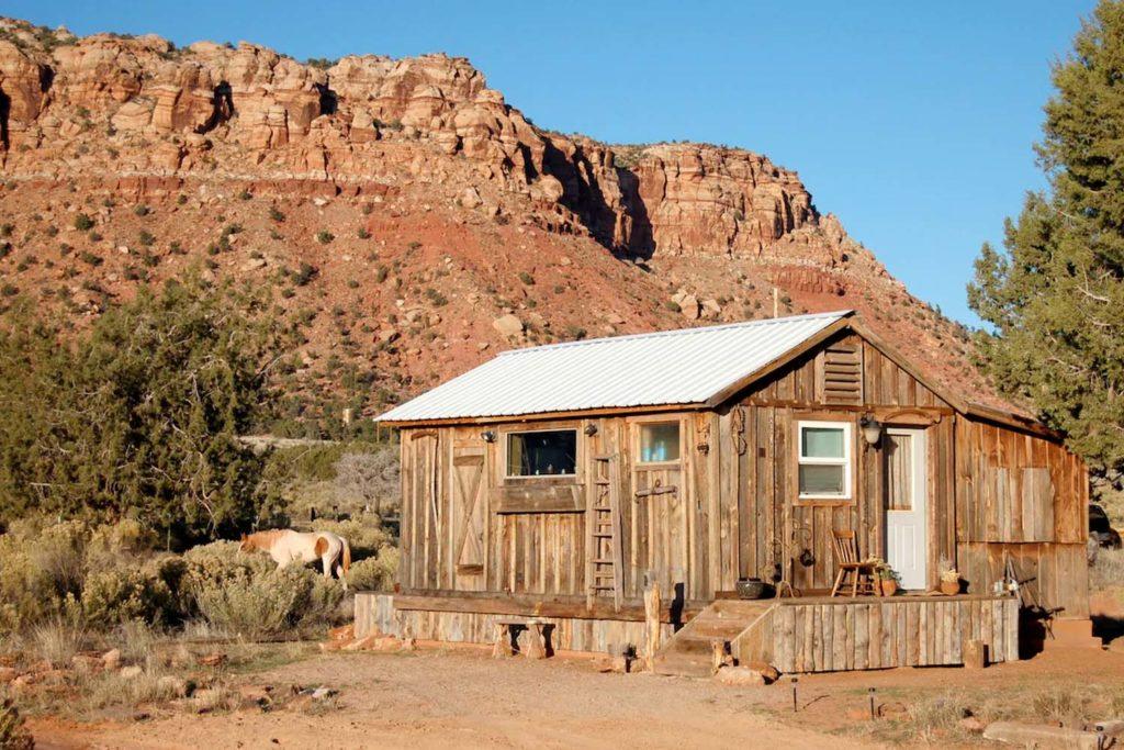 Airbnb Cabin Rental in Arizona, USA
