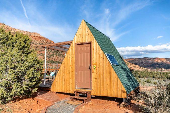 Beautiful A-Frame Cabin Airbnb in Utah, USA