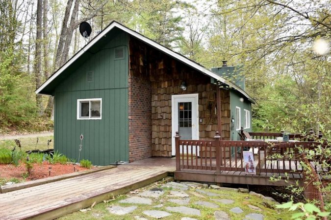 Cabin rental in New Hampshire, USA
